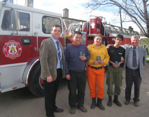 These local firefighters in Argentina were among those to receive New Testaments from Gideons during the 2015 Argentina International Scripture Blitz.